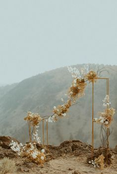 Dried floral ceremony arch   Image by Elle Kendall Photography Wedding Designs, Wedding Styles, Wedding Blog, Wedding Day, Party Places, Ceremony Arch, Elopement Inspiration, Traditional Wedding, Wedding Suits
