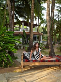 Jade Jagger' s exotic home in Goa – munahome Jade Jagger, Outdoor Beds, Outdoor Living, Outdoor Decor, Indian Interiors, Colorful Interiors, Goa Inde, Exotic Homes, Turbulence Deco