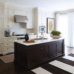 HouseandHome-Kitchen-MarilynDennis-MY12_0