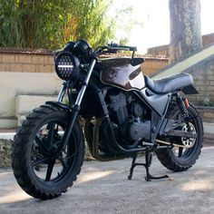 Cb 500 Cafe Racer, Cafe Racer Honda, Cafe Racer Bikes, Cafe Racer Motorcycle, Scrambler Moto, Honda Cb 500, Custom Headlights, Bad Boy Style, Custom Sport Bikes