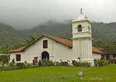 Iglesia Colonial en el Valle de Orosí,Cartago Costa Rica