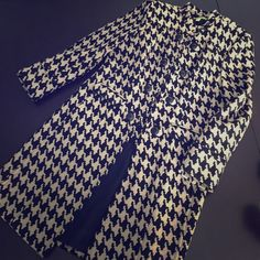 FLASH SALE! Sigrid Olsen houndstooth jacket size L Gorgeous taupe/black houndstooth jacket.  Hook and eye closure, mandarin collar.  Button detail along the front and on the back. Two front pockets.  Worn a handful of times, in excellent condition! Sigrid Olsen Jackets & Coats