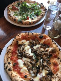 Funghi pizza from Spaccanapoli in Ravenswood