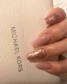 In seek out some nail designs and ideas for your nails? Here's our list of must-try coffin acrylic nails for fashionable women. Aycrlic Nails, Glitter Nails, Cute Nails, Hair And Nails, Manicures, Coffin Nails, Best Acrylic Nails, Acrylic Nail Art, Acrylic Nail Designs