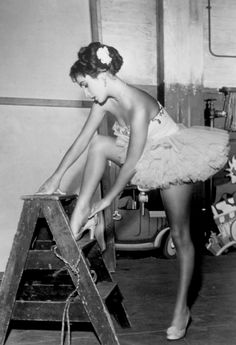 Elizabeth Taylor on set for 'Love is Better than Ever' 1951. Costume by Helen Rose. Photo by Rex Features #dancefashion