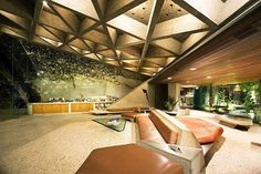 John Lautner's Sheats Goldstein Residence is a house with many souls. See more clicking on the image.