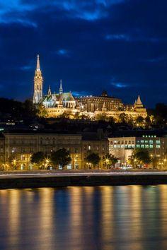 Budapest - Budai Várnegyed - Halászbástya - Budavári Nagyboldogasszony-templom-Mátyás-templom fénykép: Szegedi Szabolcs