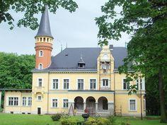 Oferty   Pałac w Jodłowniku, gmina Dzierżoniów, woj, Dolnośląskie   Nieruchomości zabytkowe, pałace dwory - BE HAPPY - pałace i dworki na sprzedaż