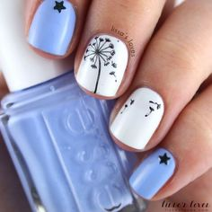 Dandelion and Star Accent Nails.
