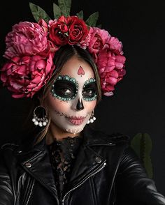 WEBSTA @ sincerelyjules - #Halloween #dayofthedead countdown! Excited to share my costumes this year with you guys!! ❤️ My talented sister @lilylove213 is behind all my costumes/makeup! She is incredibly talented! Check her costumes for this year! • This one is Halloween 2015.