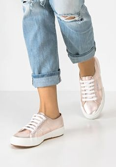 Superga COTMETU - Trainers - rose-gold for Free delivery for orders over Sneakers Mode, Pink Sneakers, Classic Sneakers, Sneakers Fashion, Fashion Shoes, Adidas Sneakers, Baskets, Rose Gold Pink, Classy Casual