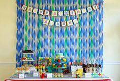 painel festa infantil papelo crepom - Google Search