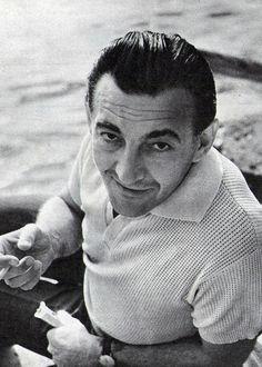 Sinkovits Imre (1928-2001)  a Nemzet Színésze címmel kitüntetett, Kossuth és kétszeres Jászai Mari-díjas színművész, érdemes és kiváló művész. Celebs, Celebrities, Best Actor, Hungary, Budapest, Movie Stars, Famous People, Cinema, 1