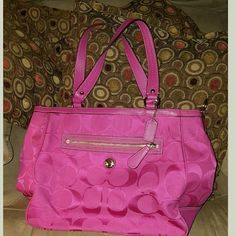Coach Large Tote COACH Pink large  tote, never been used Coach Bags Totes