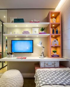 8 pieces of furniture and accessories for a tidy room! Study Room Decor, Room Ideas Bedroom, Small Room Bedroom, Trendy Bedroom, Home Decor Bedroom, Tiny Bedroom Design, Home Room Design, Hygee Home, Dream Rooms