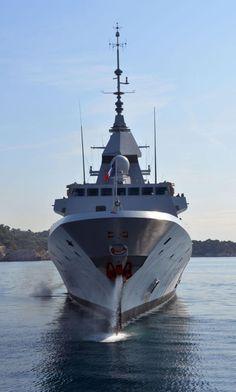 La FREMM Normandie en face avant | Mer et Marine