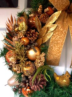 Sparkling Metallics—The holiday season is all about glitz and glamour. Dress up a plain wreath with ornaments, pine cones, ribbon and leaves in your favorite metallic: bronze, copper, silver or gold. Design by HGTV fan Rachel Wallis. Easy Christmas Crafts, Gold Christmas, Simple Christmas, All Things Christmas, Christmas Holidays, Christmas Decorations, Holiday Decor, Easy Crafts, Tree Decorations