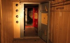 Rent a nuclear bunker near Berlin for just 3000 €/month!