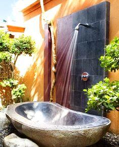 Unique Shower Designs & Ideas_08