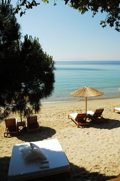 Mystique Beach-Bar/Restaurant Skiathos. When's the last time you ate lunch on the beach. #Praise