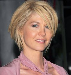 Cute Short Hair Cut Adopted By Jenna Elfman- | Hairstyles, Easy Hairstyles For Girls