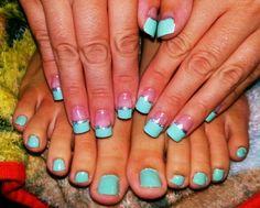Matching toes and nails