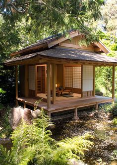Japanese Tea House Design Ideas, Pictures, Remodel and Decor - Japanese Architecture Japanese Tea House, Tea House Japan, Traditional Japanese House, Japanese Style Tiny House, Japanese Gardens, Traditional Benches, Japanese Home Design, Japanese Homes, Traditional Fashion