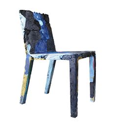 REMEMBERME CHAIR - TOBIAS JURETZEK - 2011 - GERMANY : Chair made out of old jeans and T-shirts compressed. Clothes are soaked in resin, before being compressed in a mold to dry, thanks to a special epoxy that is used to bond the textiles to an internal metal frame, creating a surface that's as solid as it's one of a kind The resulting gives a soft chair that can support the weight of an adult.