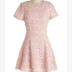 "Modcloth ""Feminine and Fun"" Dress Size SMALL Never worn and NWOT. This darling pink dress is in perfect condition! Moon Collection Dresses"