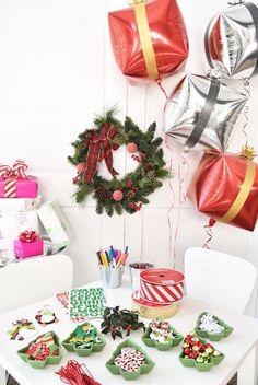 DIY Holiday Gift Wrap Ideas on Kara's Party Ideas   KarasPartyIdeas.com (19)