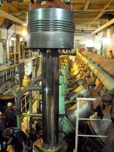 """""""Zuiger trekken"""" Engineering Boards, Mechanical Engineering Projects, Marine Engineering, Engineering Science, Electronic Engineering, Electrical Engineering, Marine Diesel Engine, Marine Bases, Steam Turbine"""