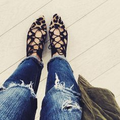 We're obsessed with lace-ups and these are no exception!