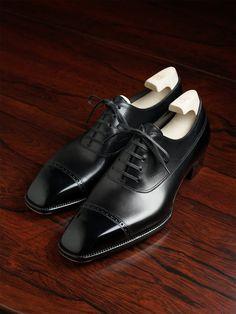 Shoe Tree, Formal Shoes, Black 7, Parisian, Calves, Oxford Shoes, Dress Shoes, Lace Up, Futuristic Architecture