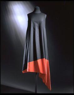 Dress | Yamamoto, Yohji | V&A Search the Collections