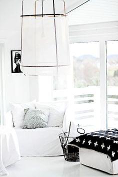 Design, Furniture and Decorating Ideas home-furniture. Home Living Room, Living Room Designs, Living Spaces, Home Interior, Interior Design, Black And White Interior, Black White, Piece A Vivre, Scandinavian Home