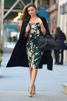 Miranda Kerr con vestido estampado de la colección de primavera 2014 de Dolce & Gabbana. Foto: © Gtres Online/ Cordon