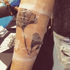 #new#one#tattoo#ginkgo#leaf#arm#black#würzburg#tattoo#convention#happy#perfect#addicted#get#inked#or#die#naked
