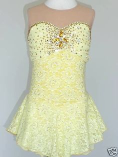 Sleepless lemon lace skating dress with sweetheart neckline with powernet yoke