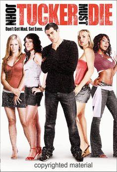 John tucker doit mourir. Heather, Beth et Carrie sont les reines du lycée. Lorsque les trois beautés se rendent compte que John Tucker, le séduisant capitaine de l'équipe de basket, sort avec chacune d'elles dans le dos des autres, c'est la guerre. Résolues à détruire le tombeur, elles essaient d'abord de le rendre impopulaire, mais toutes leurs tentatives ne produisent que l'effet inverse. Au comble de la rage, elles décident de ne plus s'en prendre à sa réputation, mais à son cœur...