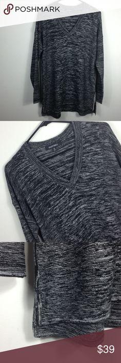 E L L E N ▪️T R A C E Y E L L E N ▪️T R A C E Y pullover sweater, XL, EUC, black and white, v neck, slits on sides, oversized Ellen Tracy Sweaters V-Necks