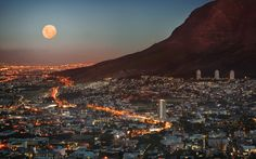 Full moon over Cape Town city bowl - Table Mountain at the right - South Africa The Places Youll Go, Places To Visit, Beautiful World, Beautiful Places, Beautiful Moon, Beautiful Scenery, Namibia, Cape Town South Africa, South Korea