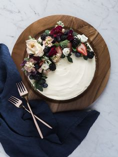 Flower and Berry Cake