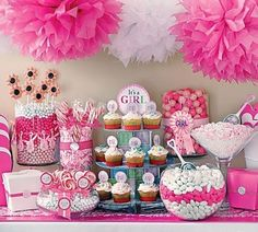 Cute baby shower cupcakes and dessert table ideas for girls and boys showers baby-shower-stuff