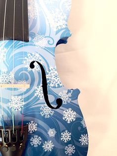 Snowflake Violin from Rozanna's Violins Find it at Musiciansfriend & Guitar Center with violin sheet music to FROZEN.