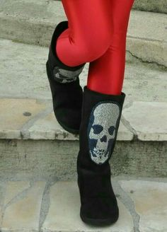 1b2ae04602c 61 Best Skull boots images in 2017 | Boots, Heel boot, Heel boots