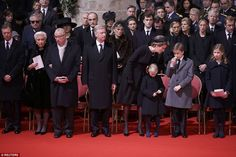 The funeral party for Queen Fabiola included Grand Duke Henri of Luxembourg (nephew by marriage), former Queen Paola and King Albert I (sister-in-law and brother-in-law) King Philippe and Queen Mathilde and their children in the front row. In the second row, Pr Laurent and his family, Pss Astrid and her family, among others.In the 3rd row, Luxembourg and Liechtenstein royals related to the Belgian royal family.