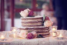 Zoe-Phil-burlap-lace-wedding-naked-cake-reception