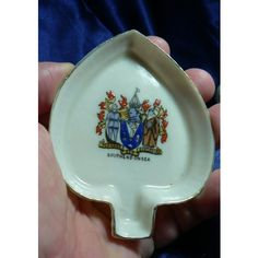 Carlton Ware Crested China 'W & R' - Trinket dish - Southend-On-Sea Crest
