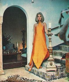 Dener Dener  Maria Stella, presents the creations of Dener,for Autumn /Winter 1968. Magazine:O Cruzeiro, June 1968.