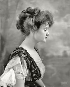 Shorpy Historic Picture Archive :: Billie Burke: 1908 The stage actress and D.C. native Billie Burke. high-resolution photo